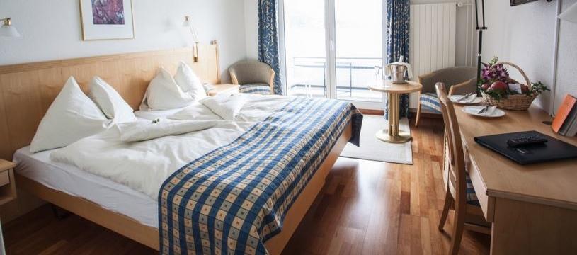 Hotel Frohburg, Weggis, Lake Lucerne, Switzerland - standard bedroom.jpg